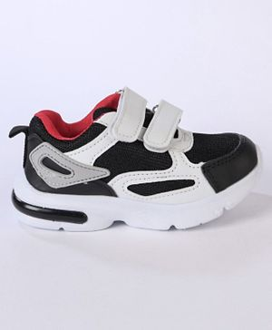 Cute Walk by Babyhug Sports Shoes - Black